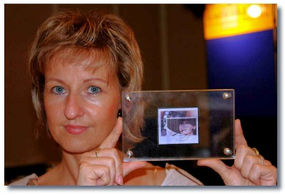 Postally-used-audrey-hepburn-germany-stamp-showcase